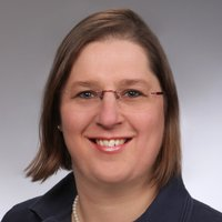 Porträtfoto von Frau Diedrich