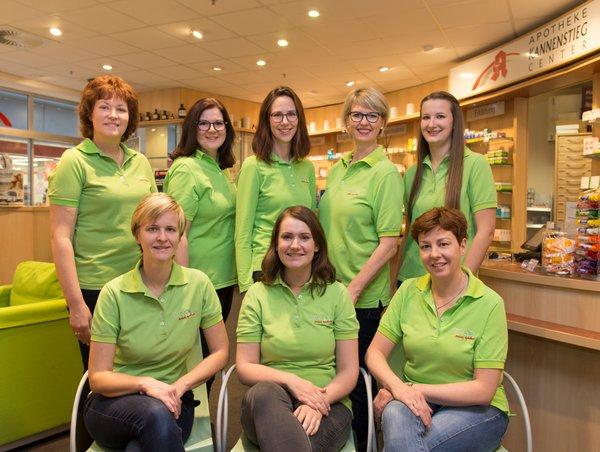 Team der Apotheke im Kannenstieg-Center