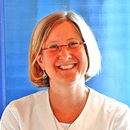 Porträtfoto von Ulrike Thumfarth