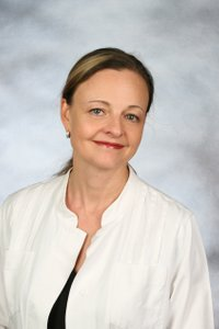 Porträtfoto von Petra Ellwanger-Röderer