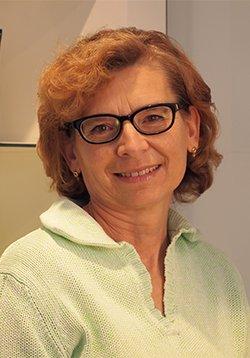 Porträtfoto von Frau Irene Schäfer