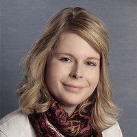 Porträtfoto von Frau Lüke