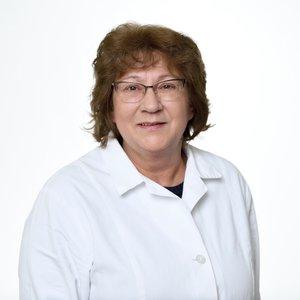 Porträtfoto von Frau Balanyi