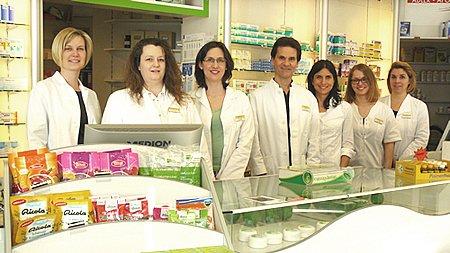 Team der Adler-Apotheke Aldingen