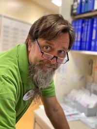 Porträtfoto von Dr. Hans-Peter Erbarth