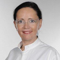 Porträtfoto von Dr. Heidrun Hoch