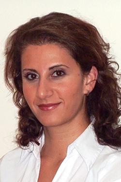 Porträtfoto von Frau Aysun Iskin
