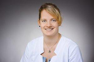 Porträtfoto von Johanna Uhlenkamp