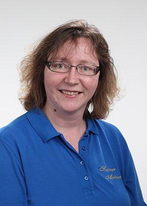 Porträtfoto von Frau Nadine Schneedecker