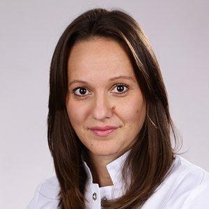 Porträtfoto von Frau Jerkic