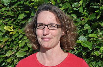 Porträtfoto von Franziska Dönnecke