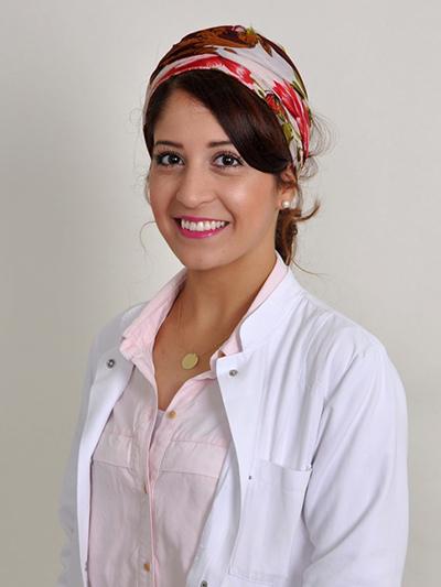 Porträtfoto von Afyon, Hülya