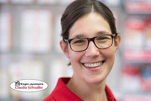 Porträtfoto von Claudia Schwalbe