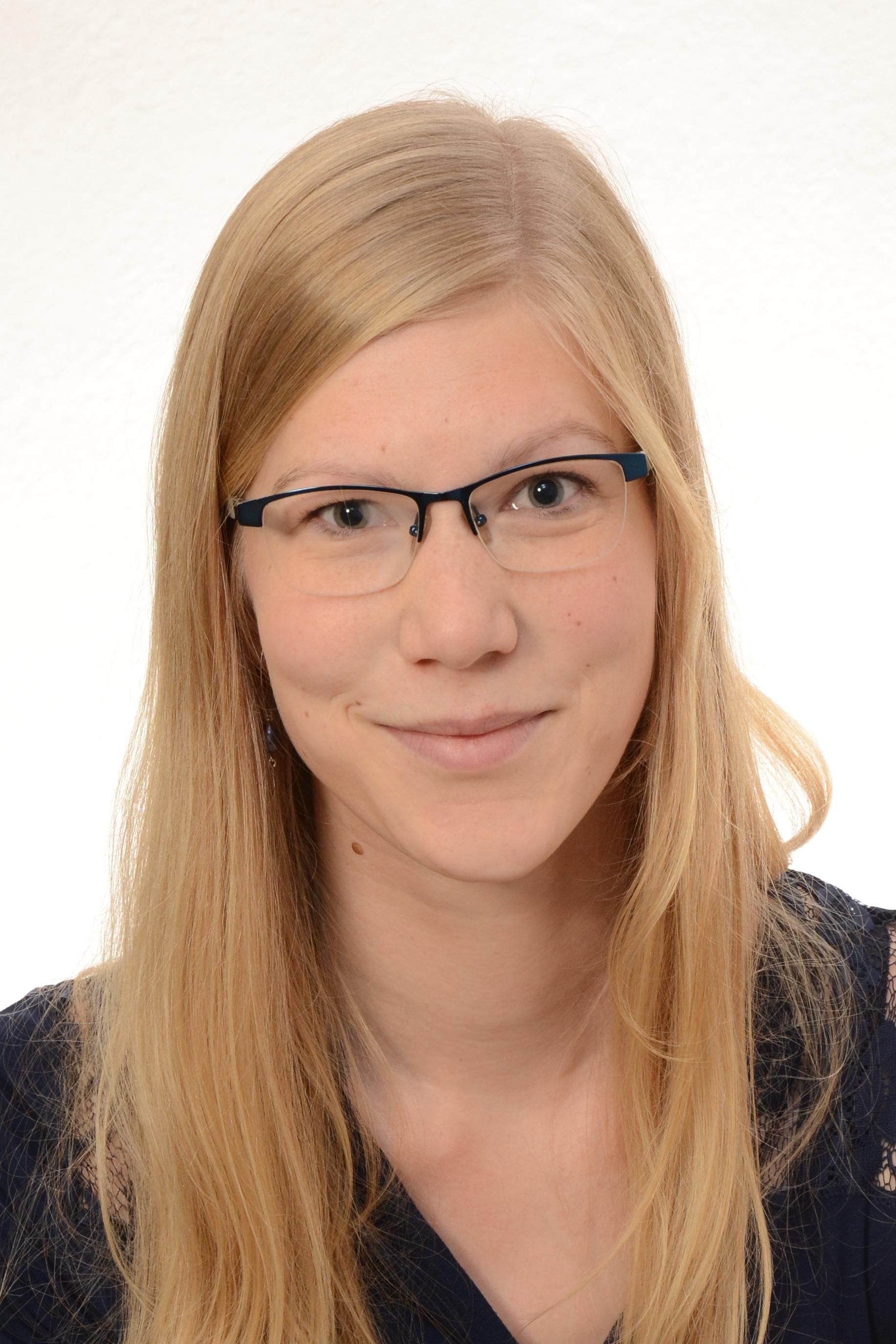 Porträtfoto von Birte Scharf