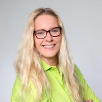 Porträtfoto von Birgit Drilling