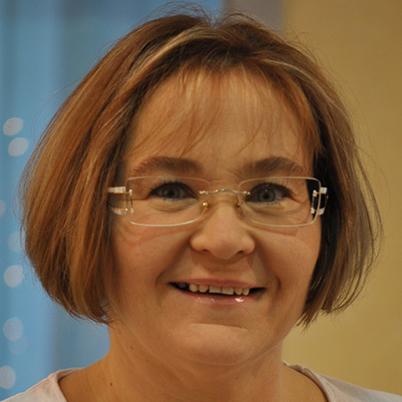Porträtfoto von Frau Andrea Strzezyk
