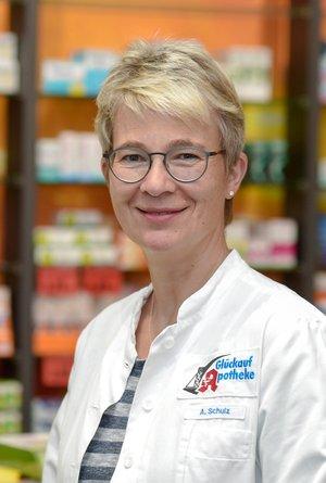 Porträtfoto von Frau                                                                        Schulz