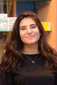 Porträtfoto von Beyza Bayat