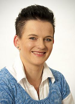Porträtfoto von Frau Richter-Urban