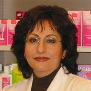 Porträtfoto von Frau Dr. Setareh