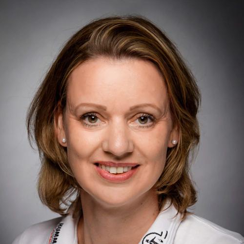 Porträtfoto von Frau Ladiges