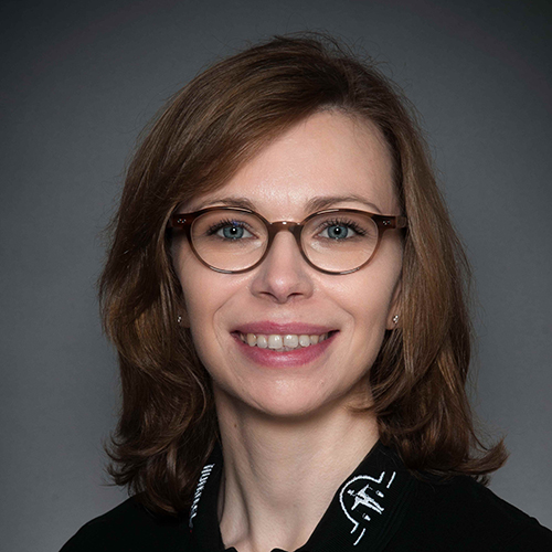 Porträtfoto von Frau Naß