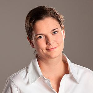 Porträtfoto von Nadine Dreyer