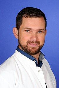 Porträtfoto von Daud Kokanovic