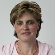 Porträtfoto von Frau Geuting