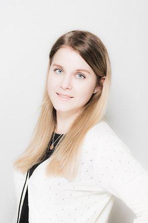 Porträtfoto von Lisa Achatz