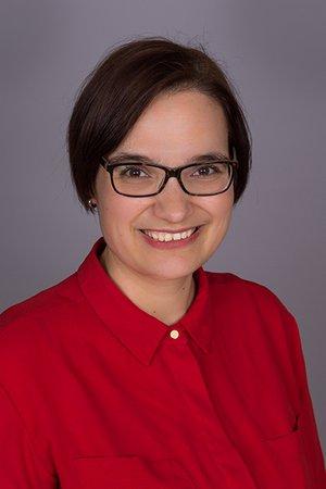Porträtfoto von Iris Hofer