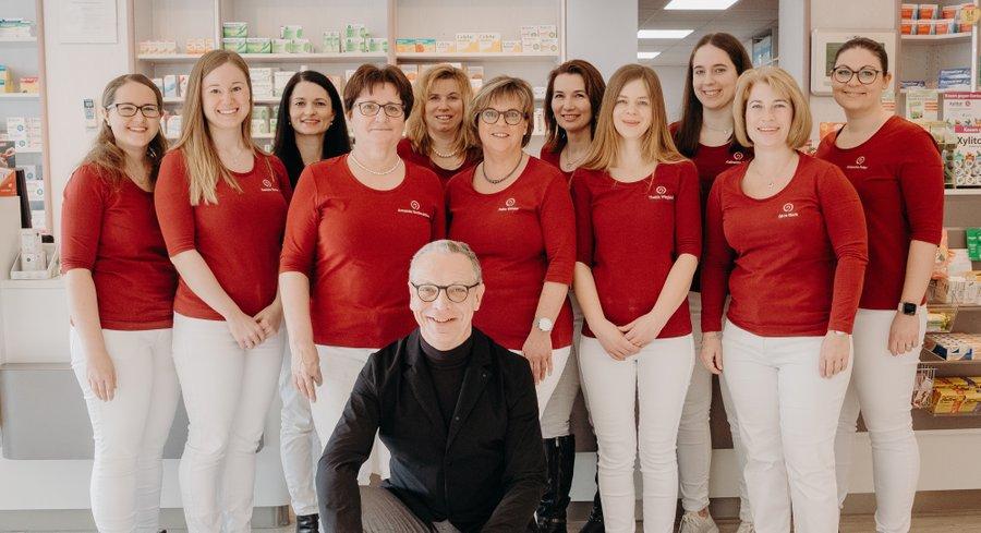 Team der St. Nikolaus-Apotheke
