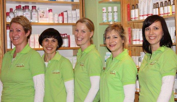 Team der Waldstraßen-Apotheke
