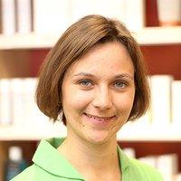 Porträtfoto von Frau Hesse