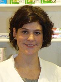Porträtfoto von Apothekerin Annina Schaefer