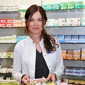Porträtfoto von Dr. Claudia Tscheuschner