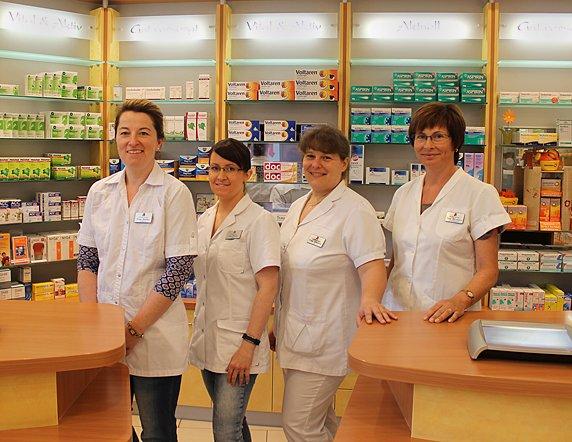 Team der Glück-Auf-Apotheke im Gesundheitszentrum