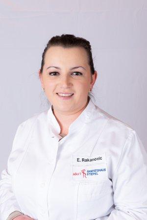 Porträtfoto von Frau Elvina Rakanovic