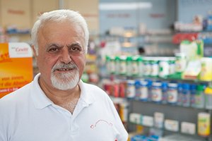 Porträtfoto von Apotheker und Arzt