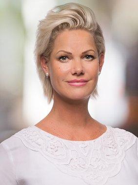 Porträtfoto von Jessica Schröder