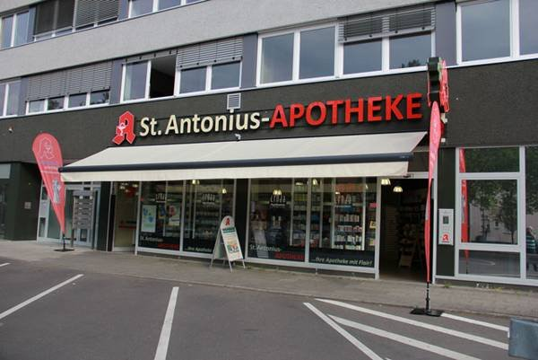 Team der St. Antonius-Apotheke