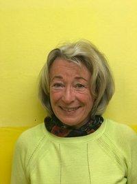 Porträtfoto von Dr. Rosmarie Lütschg