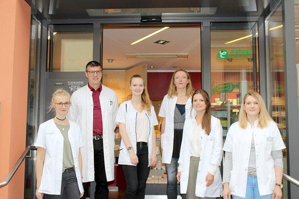 Team der St. Georgs-Apotheke