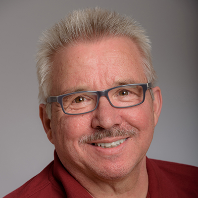 Porträtfoto von Herr Richard Roker