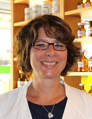 Porträtfoto von Frau Karin Wöste