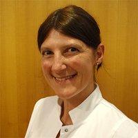 Porträtfoto von Frau Schmidbauer