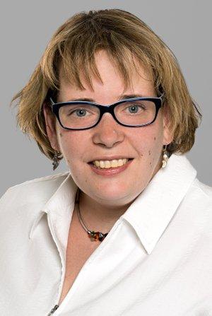 Porträtfoto von Carina Massenkeil