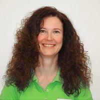 Porträtfoto von Dr. Christina Bischof-Deichnik