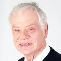 Porträtfoto von Dr. Manfred Schaefer