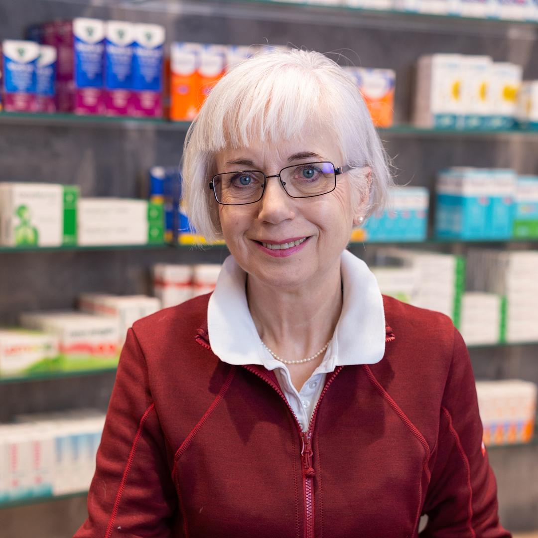 Porträtfoto von Dr. Brigitte Seegerer